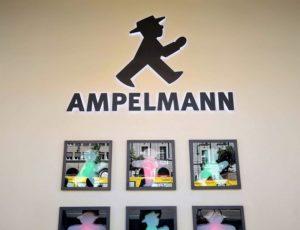 lezioni di marketing da Berlino: Ampelmann stor